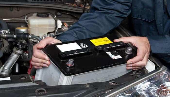Batería Para Automóvil – Función, Tipos, Cuidados Y Remplazo